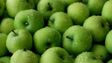 Fresh green apples - a source of healthy life