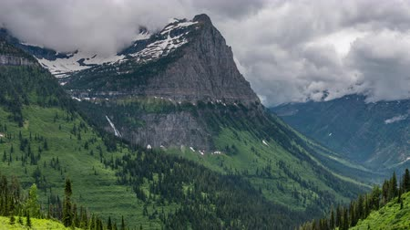 montana : TL Glacier - Going To The Sun Road Opens Up in Early Summer in Montana Wilderness