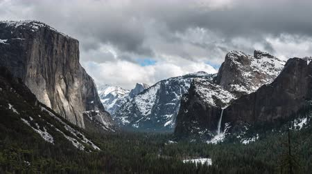 Time Lapse of Yosemite from Tunnel View on a Clear winter day