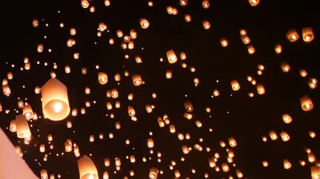 Floating lantern festival (yee peng lanna) in Chiang Mai, Thailand Stock Footage