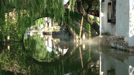 rowboat : Zhouzhuang, China-September 17, 2019: Canal in Zhouzhuang, Suzhou Stock Footage