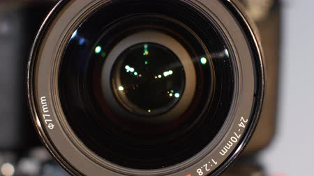 фокус : Camera lens, zoom, close up