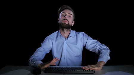 bewilderment : Man feels the emotions of perplexity communicating on the internet