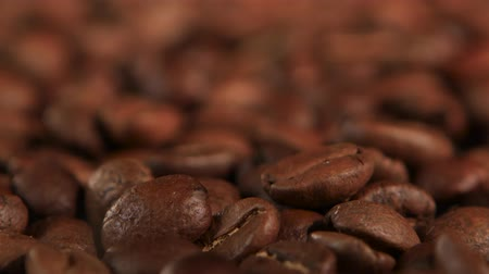 granulação : Selected coffee beans to create a fragrant and tasty cappuccino