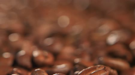 granulação : Selected coffee beans to create a fragrant and tasty macchiato