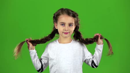 авиашоу : Child sends an air kiss. Green screen. Slow motion