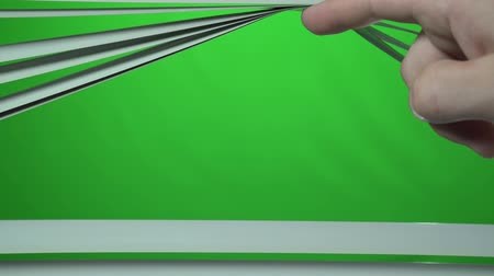 jalousie : Mans finger opens the jalousie up. Green screen Stock Footage