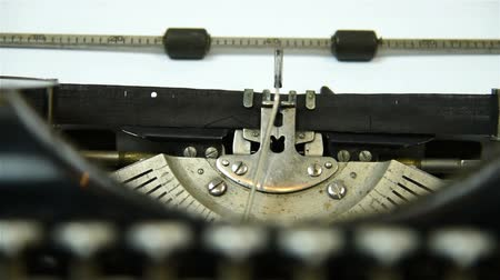 maszyna do pisania : old typewriter. Slow motion effect