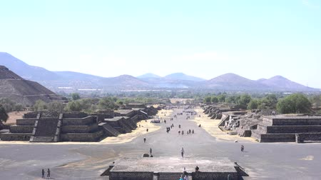 pyramida : The famous and historical Pyramid of the Sun from Pyramid of the Moon in Teotihuacan, Mexico Dostupné videozáznamy