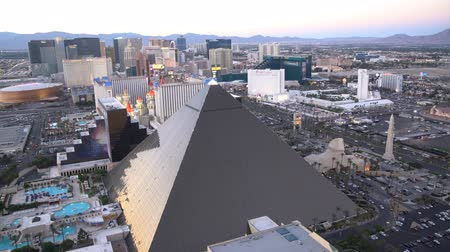 mandalay bay : Las Vegas, APR 30: 4K Video of superb sunset aerial view of Strip, Las Vegas and Casinos on APR 30, 2017 at Skyfall Loung, Mandaly Bay, Nevada