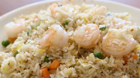 bitkisel : Delicious taiwanese style shrimp fry rice, serve with green beans, eggs and carrots