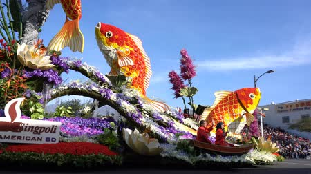 kapr : Pasadena,  JAN 1: Carp fish, Sweepstakes Award float in the famous Rose Parade - Americas New Year Celebration on JAN 1, 2017 at Pasadena, California, United States
