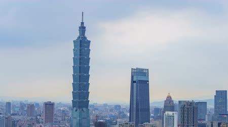 elefánt : Motion Timelapse of the Taipei 101 and Xinyi District from afternoon to night, shoot at Taipei, Taiwan