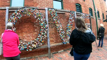 kilitlemek : Toronto, OCT 5: The love lock of the Distillery Historic District on OCT 5, 2018 at Tornoto, Canada
