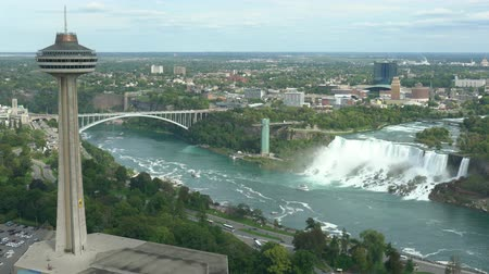 подкова : Aerial view of the Skylon Tower and the beautiful Niagara Falls at Canada