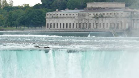 hoefijzer : Voormalig Toronto Power Generating Station en de prachtige Horeshoe Fall in Canada