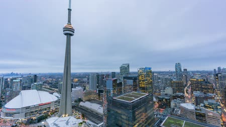 se movendo para cima : Toronto, SEP 29: Aerial afternoon to night of the Toronto downtown cityscape timelapse on SEP 29, 2018 at Toronto, Canada