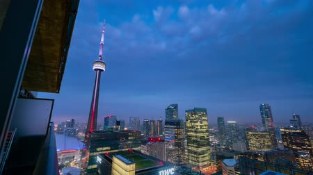 se movendo para cima : Toronto, SEP 29: Aerial night to morning of the Toronto downtown cityscape timelapse on SEP 29, 2018 at Toronto, Canada