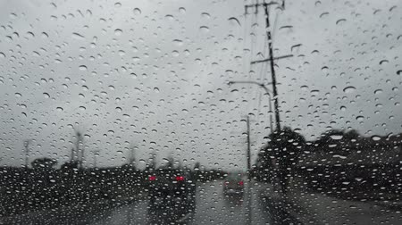 los angeles county : Driving in the rainy Los Angeles urban at California