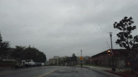 homály : Driving in the rainy Los Angeles urban at California