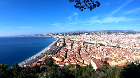 césar : Aerial morning view of the famous Angels Bay with downtown cityscape, Nice at France