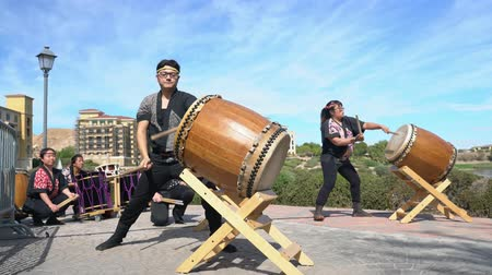 yat yarışı : Las Vegas, OCT 13: Japanese Taiko drum performance in the famous Rose Regatta Dragon Boat Festival on OCT 13, 2018 at Las Vegas, Nevada