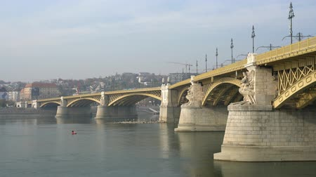 маргарита : Morning view of Margaret Bridge and River Danube at Budapest, Hungary