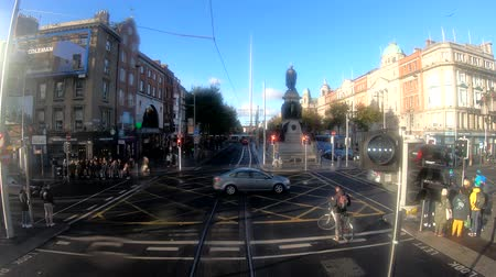 busz : Dublin, OCT 28: Cityscape on the road while traveling in a bus on OCT 28, 2018 at Dublin, Ireland