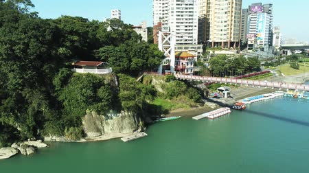 Тайваньская : Aerial view of the famous Bitan Scenic area in Xindian Districtat New Taipei City, Taiwan