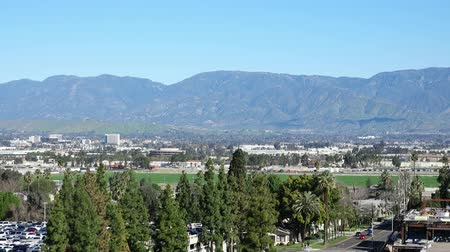 universidade : Aerial view of Loma Linda cityscape at California Vídeos