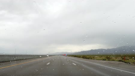 deštivý : Driving in the rainy Las Vegas, Nevada