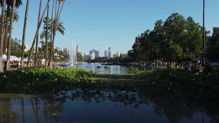 loto : Afternoon view of the famous Los Angeles downtown skyline in Echo Park at Los Angeles, California Filmati Stock