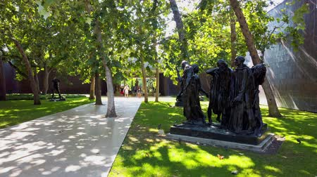 오후에 : Pasadena, AUG 10: Garden of the Norton Simon Museum on AUG 10, 2019 at Pasadena, California