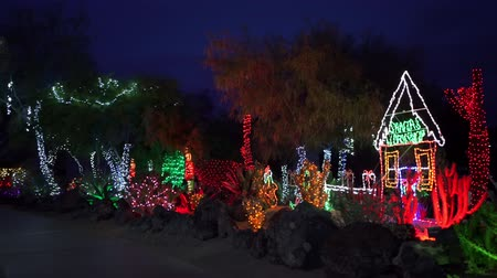 izzók : Night view of many Christmas lights at Henderson, Nevada