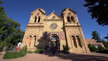 meksyk : Santa Fe, OCT 6: Exterior view of the The Cathedral Basilica of St. Francis of Assisi on OCT 6, 2019 at Santa Fe, New Mexico