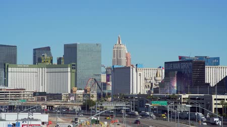 eyaletler arası : Las Vegas, DEC 17:  Morning view of the strip view on DEC 17, 2019 at Las Vegas, Nevada