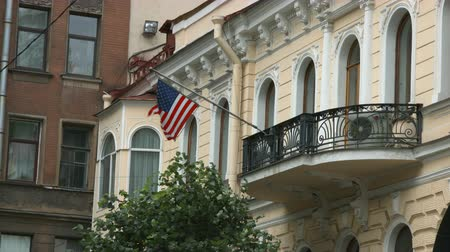 oroszország : Saint-Petersburg, Russia, 03 October 2016. Flag waving in the wind at the Embassy of the United States of America in St. Petersburg