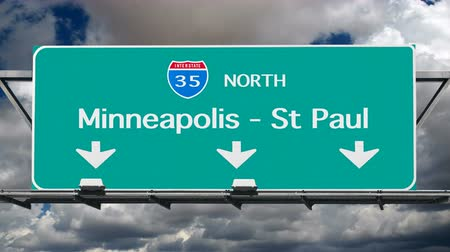 znak : Minneapolis St Paul Interstate Freeway Sign Time Lapse