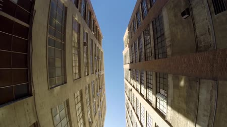 pencereler : Los Angeles California USA  May 2 2015:  Upshot of an industrial alley in downtown Los Angeles. Stok Video