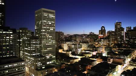 san francisco : San Francisco, California, USA - January 13, 2013:  Night view of Nob Hill and downtown San Francisco. Stock Footage