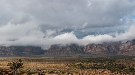 alpy : Red Rock Nevada Moving Storm Clouds Time Lapse with Zoom