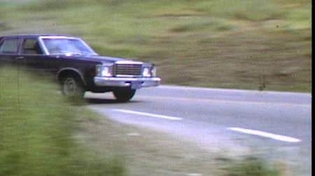 autó : Thousand Oaks, California, USA - October 20, 1982:  Vintage super 8 driving sequence featuring 1975 Ford Granada.