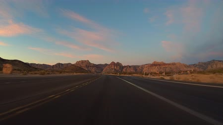 Red Rock Canyon scenic highway 159 predawn driving time lapse in the Mojave desert near Las Vegas, Nevada. Stok Video