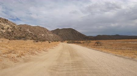 California Anza Borrego Blair Valley desert off road car mount driving time lapse. Stok Video