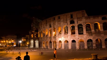 rzym : ROME, ITALY MAY 29, 2014: The Colosseum Night Time Lapse.
