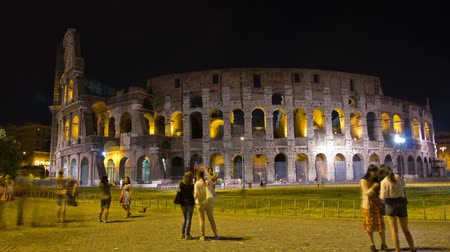 amphitheatre : ROME, ITALY MAY 29, 2014: The Colosseum Night Time Lapse.