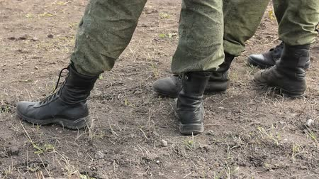 uniforme : Soldiers boots feet