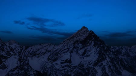 czas : Timelapse in the mountains ? ?? passing from day to night Wideo