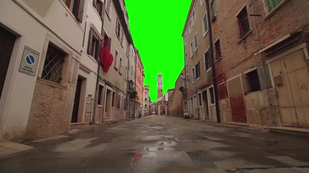 ser : Chroma key instead of the sky in the street of the ancient city