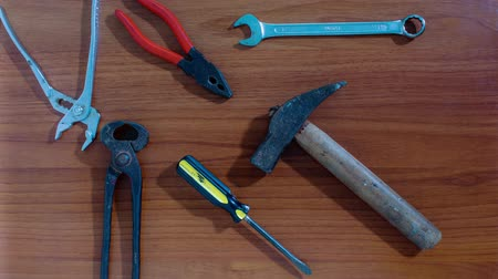 stop motion : Work tools appear in stop motion